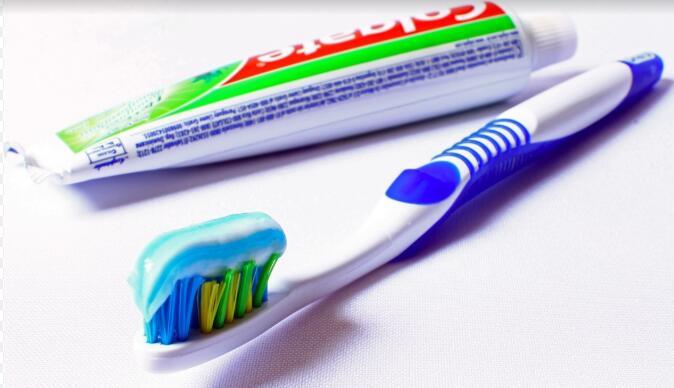 牙膏成为化妆品 产业监管有新规